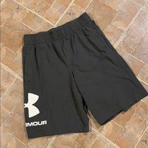 Under Armour cotton athletic shorts size medium